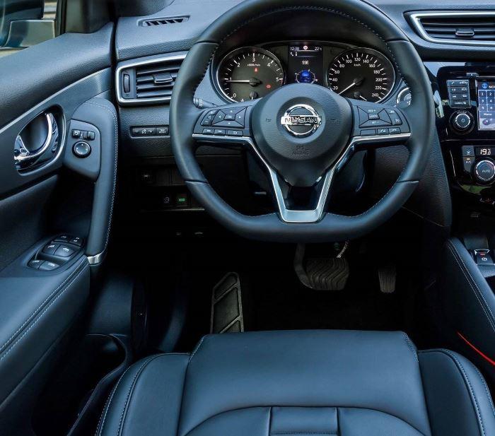 noviy-Nissan Qashqai 2019-foto-salona (1)