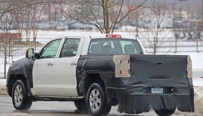 2020-Toyota-Tundra-Spy-Shots