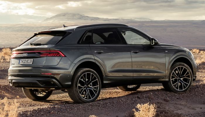 Audi Q8-2019 (1)