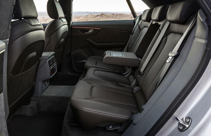 Audi Q8-2019 (3)