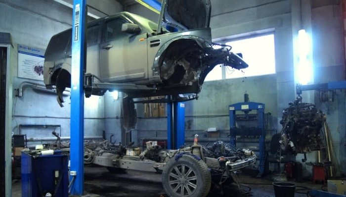 Land Rover-2019