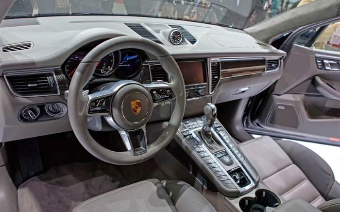 Porsche-Macan-salon