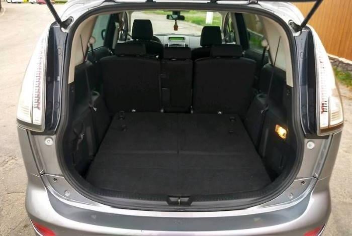 Багажник Мазда 5