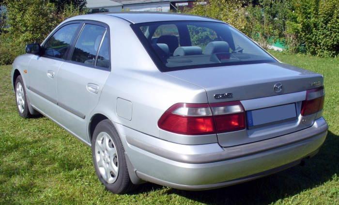Мазда 626 седан