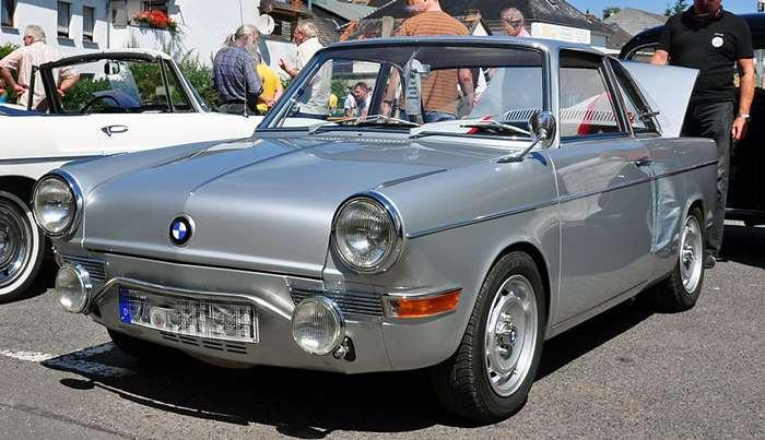БМВ 700