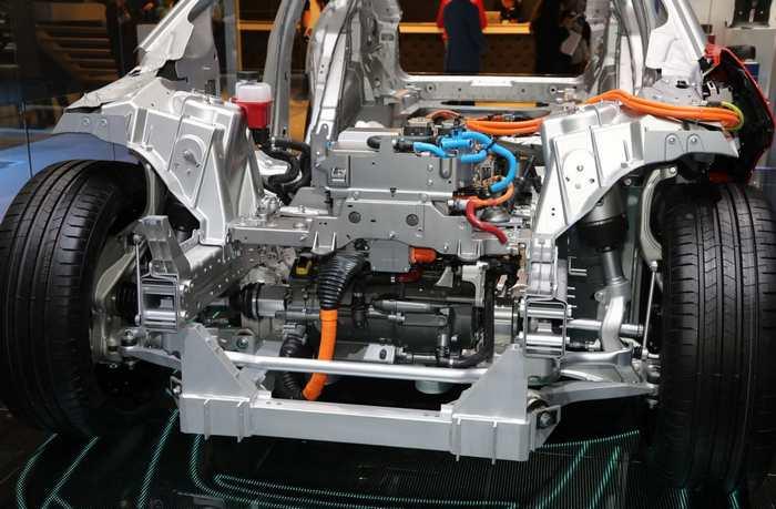 Jaguar I-Pace двигатель
