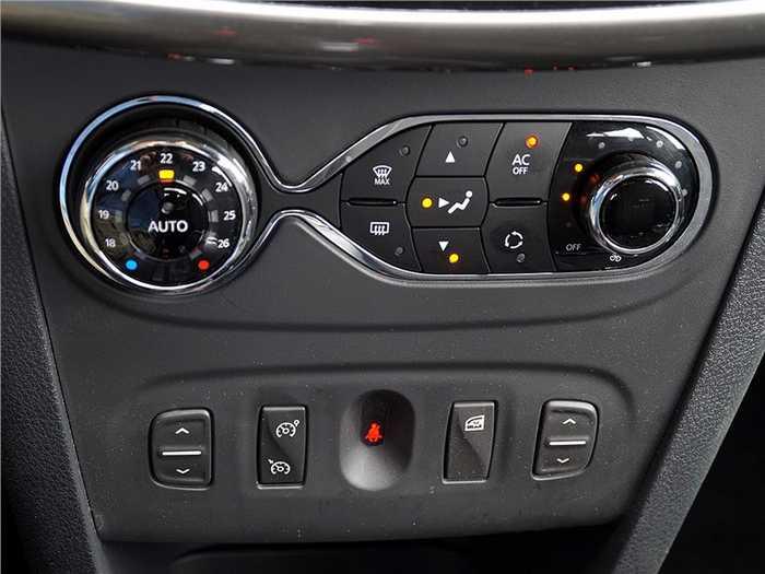 климат контроль Renault Logan