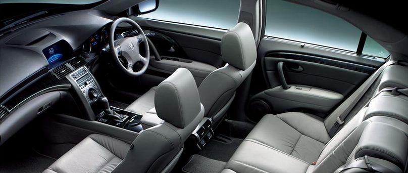HONDA LEGEND VTEC V6 салон