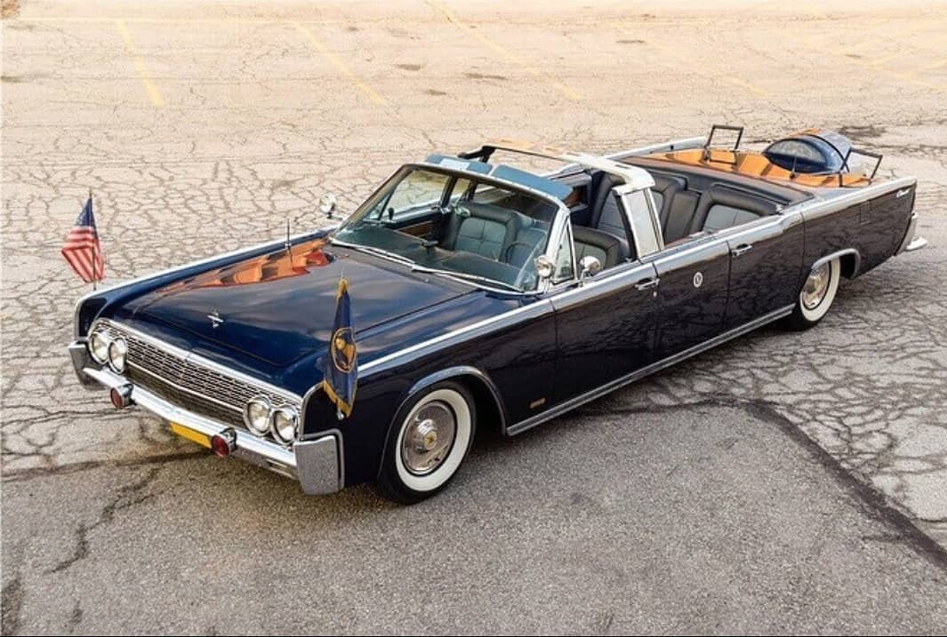 Lincoln Continental Presidential Limousine 1963