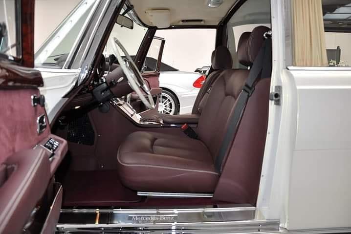 Mercedes 600 Pullman 1975