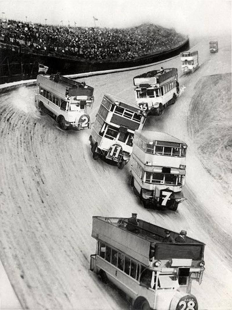Гонки на даблдекерах, 1933