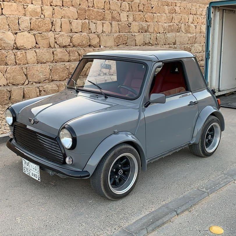 Short Mini