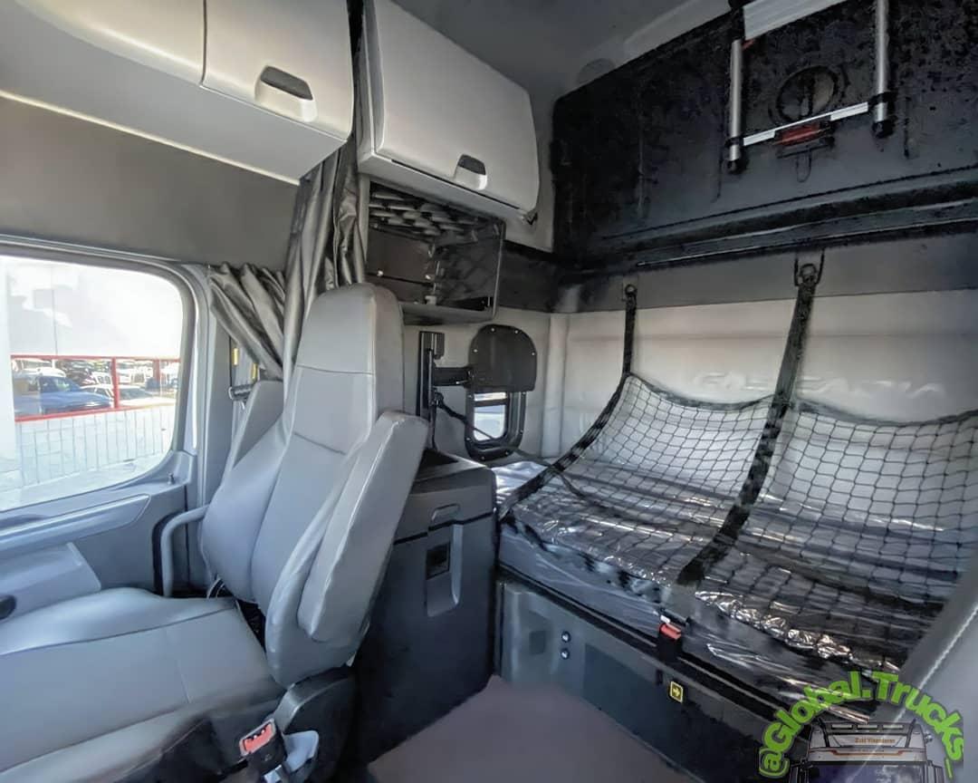 FreightLiner Cascadia 2021